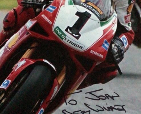 World Champion Carl Fogarty sent me a signed photo - MEGA!